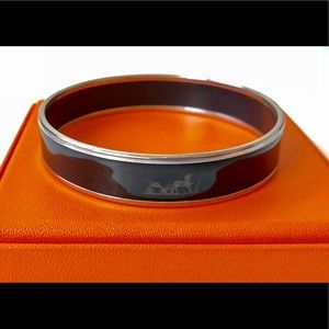 Authentic Hermes Caleche Bangle - size 65